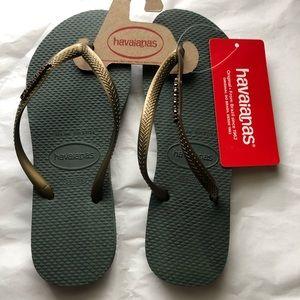 NWT! HAVAIANAS Women's Flip Flops 6 Olive green